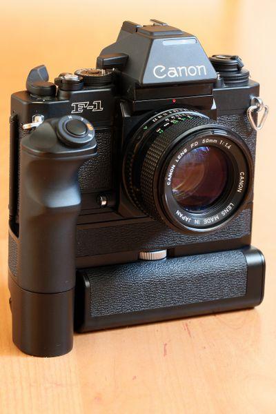 F1n NI-CD Pack für den Canon FN Motor Canon F-1 New Akku Pack Batteriepack